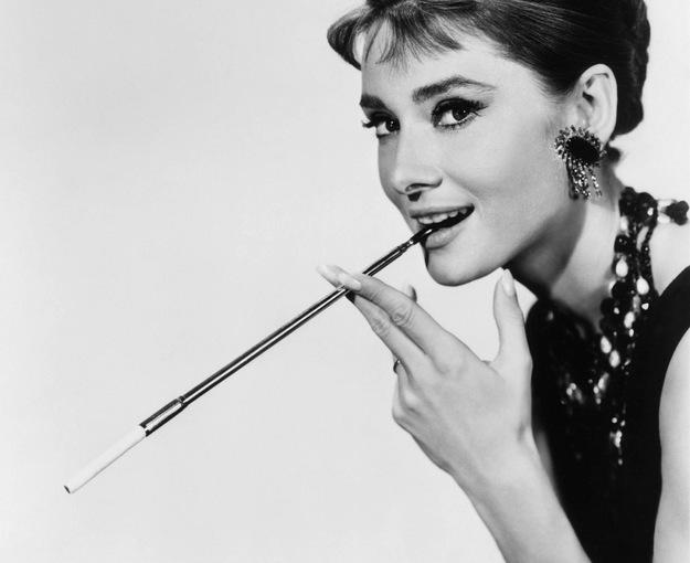 starodawna lufka do palenia tytoniu i marihuany